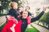 Fotografie Familie viel Spaß im park