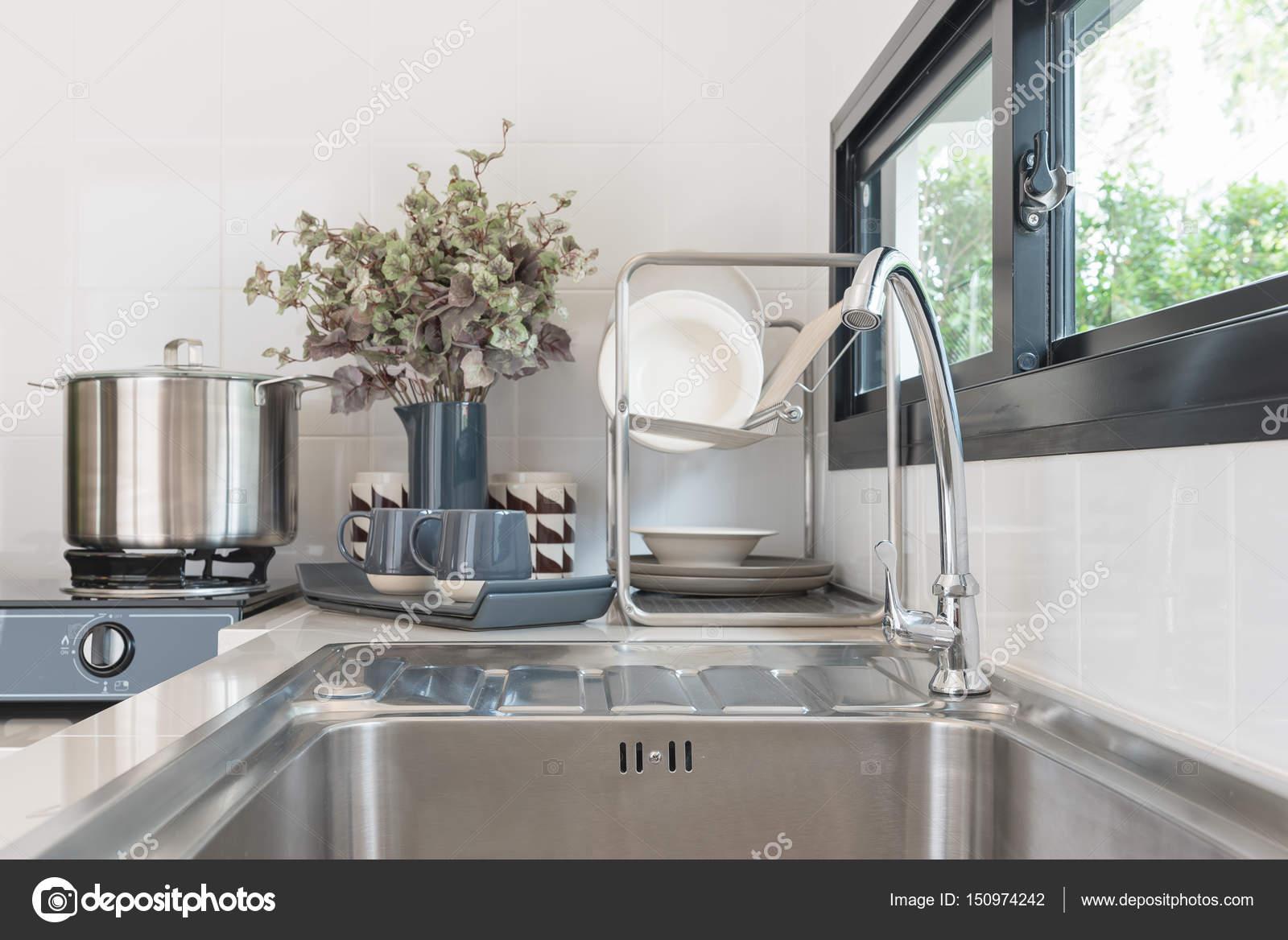 Projeto De Sala Cozinha Moderna Com Torneira E Pia Stock Photo