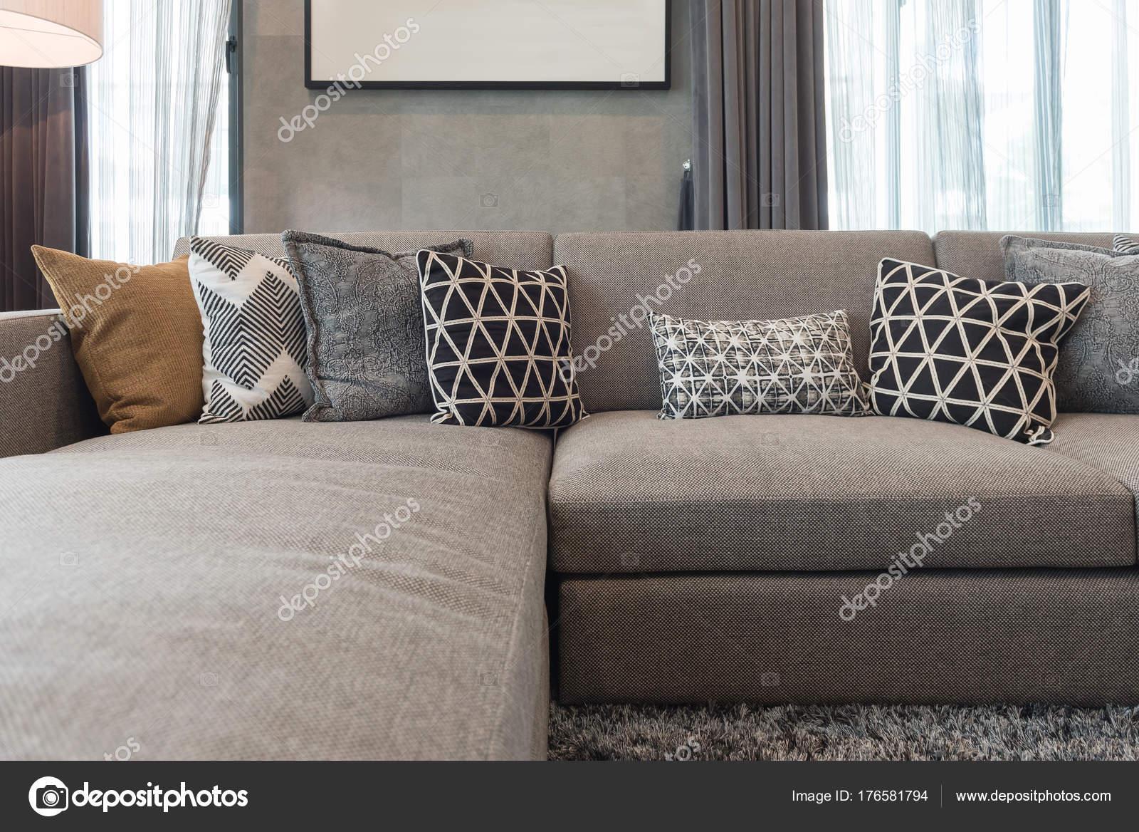 style de salon de luxe avec ensemble de coussins — photographie
