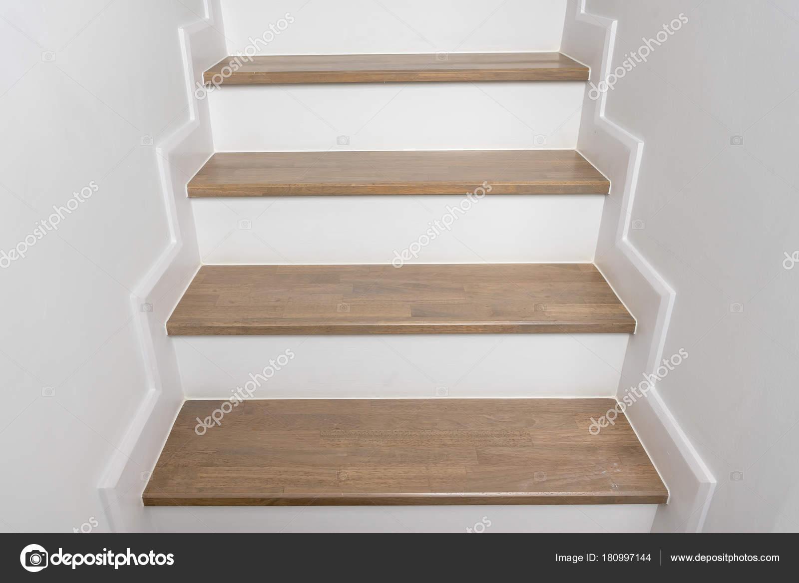 Escalier Bois Décoration Intérieure Maison Moderne Concept ...