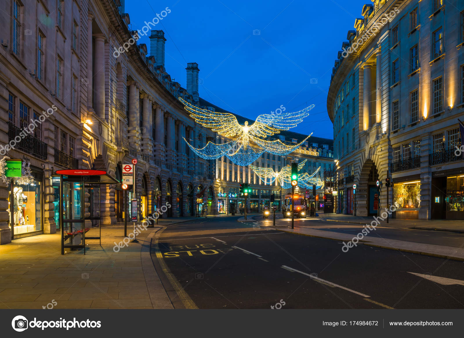Decorazioni Natalizie Londra.Decorazioni Di Natale Su Regent Street Nel Centro Di Londra Regno