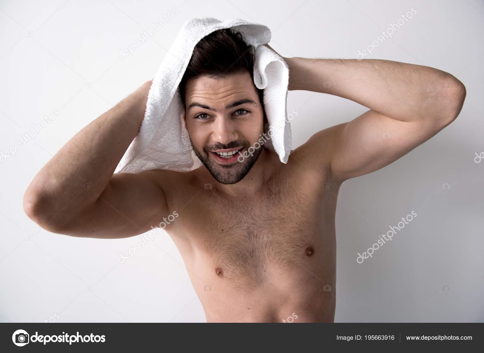 profilo incontri a torso nudo Wyrmwood incontri