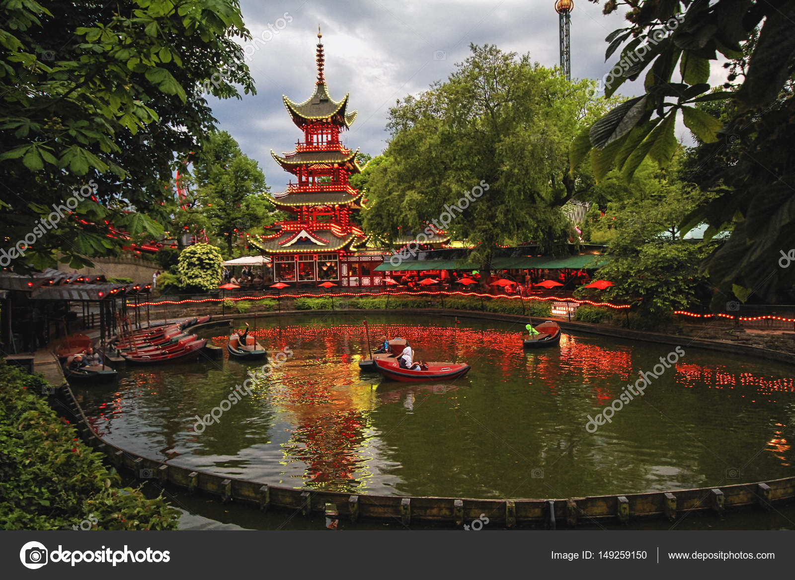 Evening view of Tivoli Gardens with Chinese pagoda – Stock Editorial ...