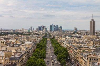 NIce view of La Defense in Paris