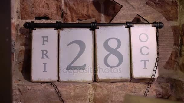 Kalendář 28 pátek říjen