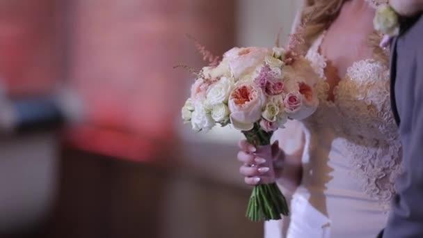 Nevěsty s kyticí uvnitř