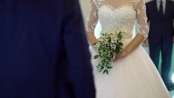 Nevěsty s kyticí na svatební obřad