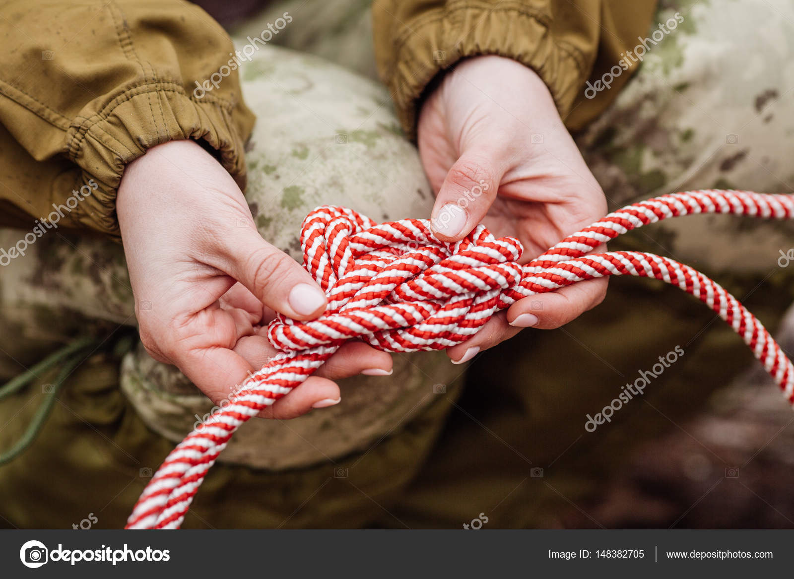 tie hands with rope