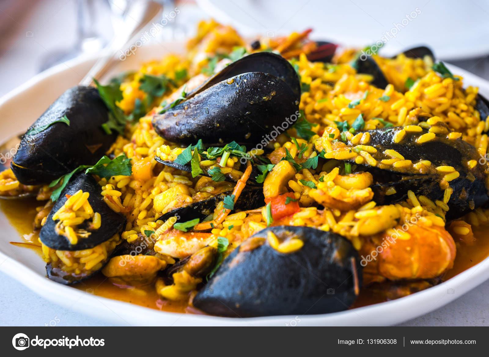 Deniz ürünleri risotto ile midye ve karides f9107bce4e
