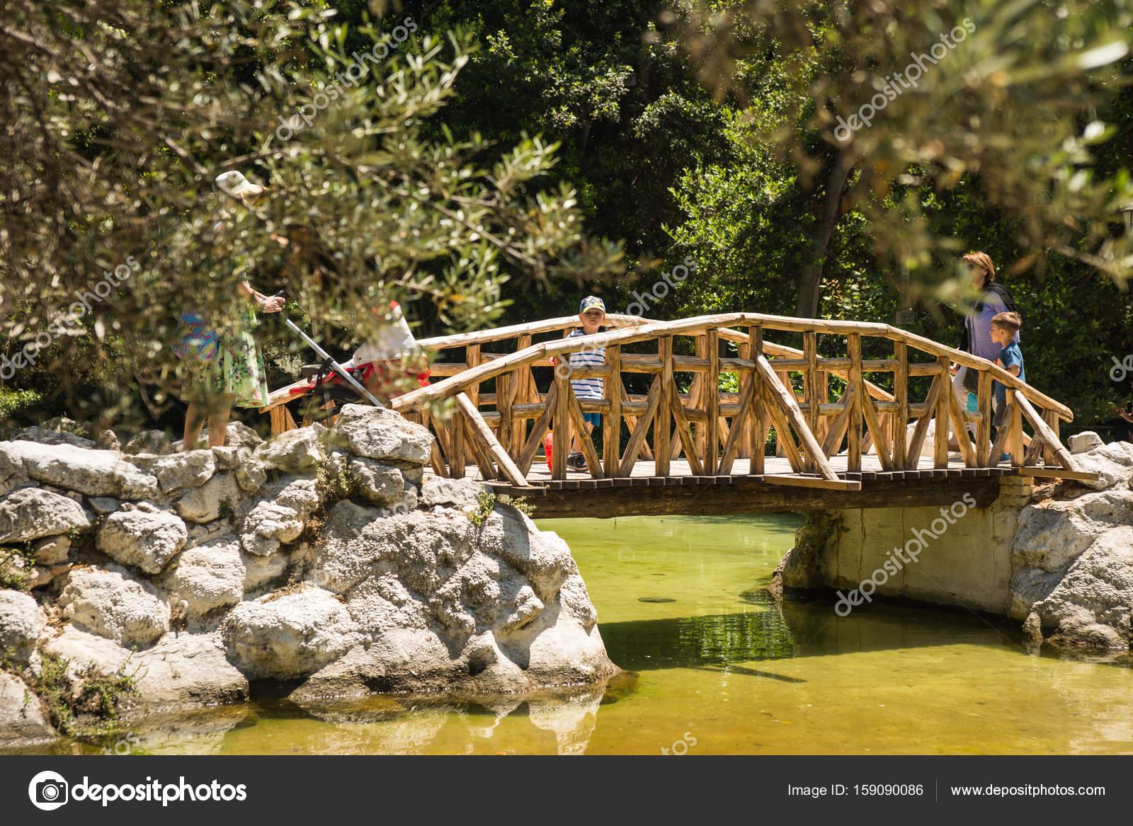 Alleys of National botanical garden of Athens, Greece – Stock ...