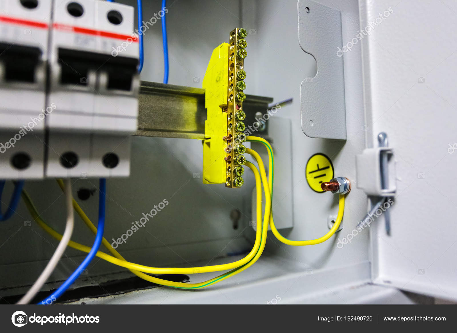 Electrical Ground Wires Is Connected To Copper Bar Or Earth Wiring Breaker Box Bonding In Metal Electric