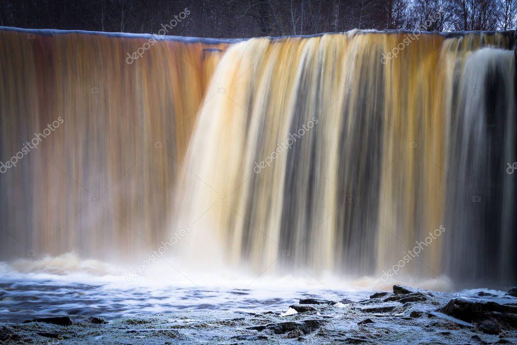 Фотообои Beautiful waterfall at winter season