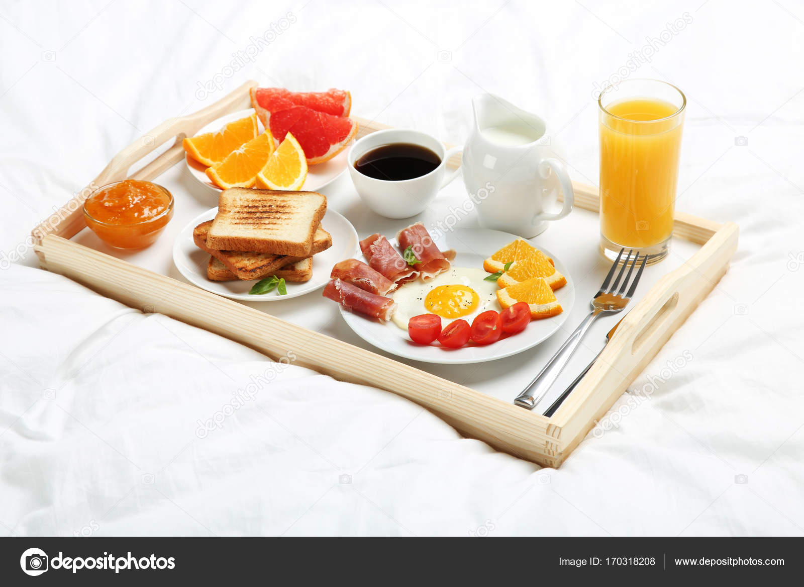 Lekker Ontbijt Op Bed Stockfoto 5seconds 170318208