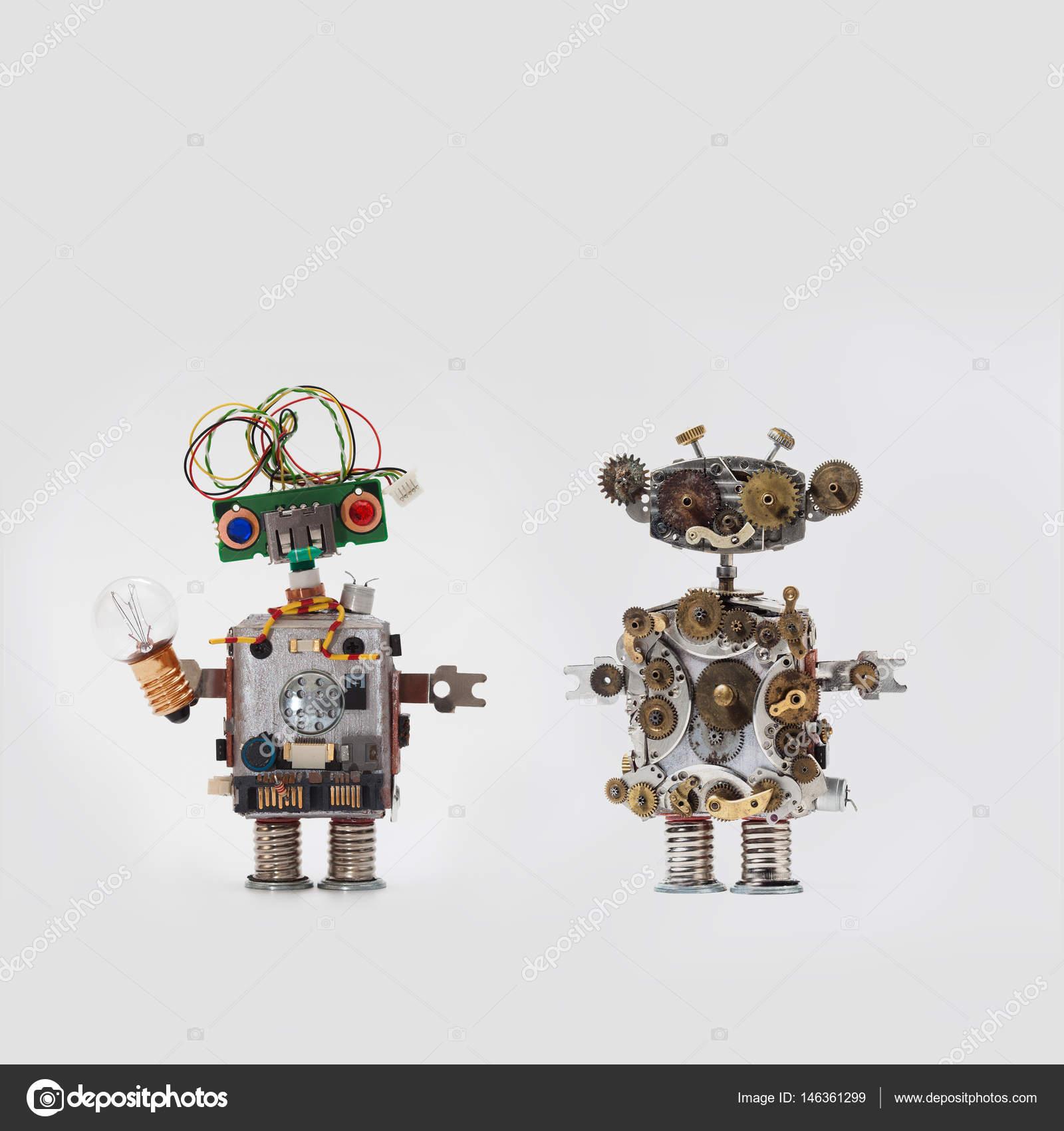Futuristische Roboter auf grauem Hintergrund. Freundlichen ...