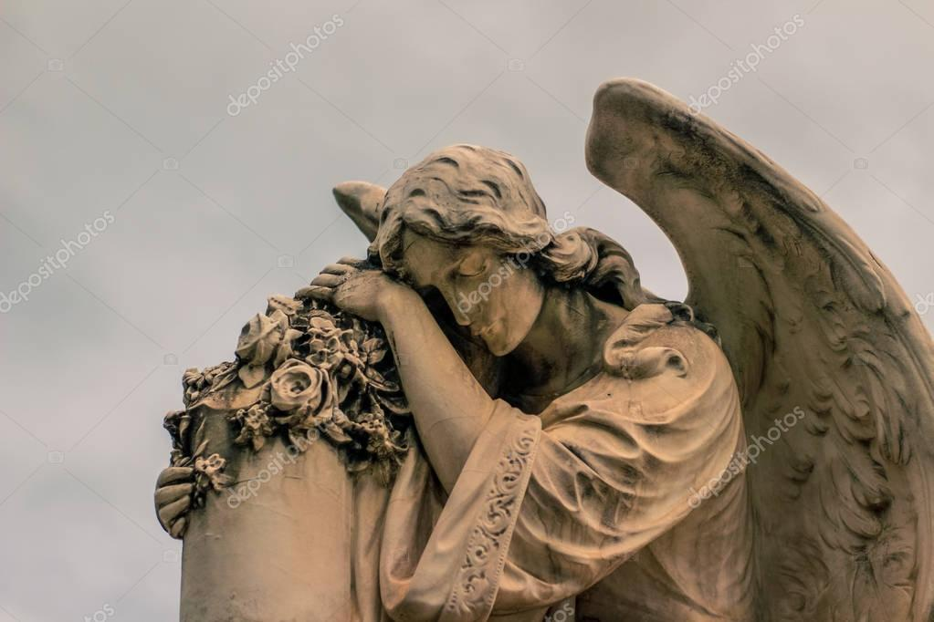 Angel figure statue