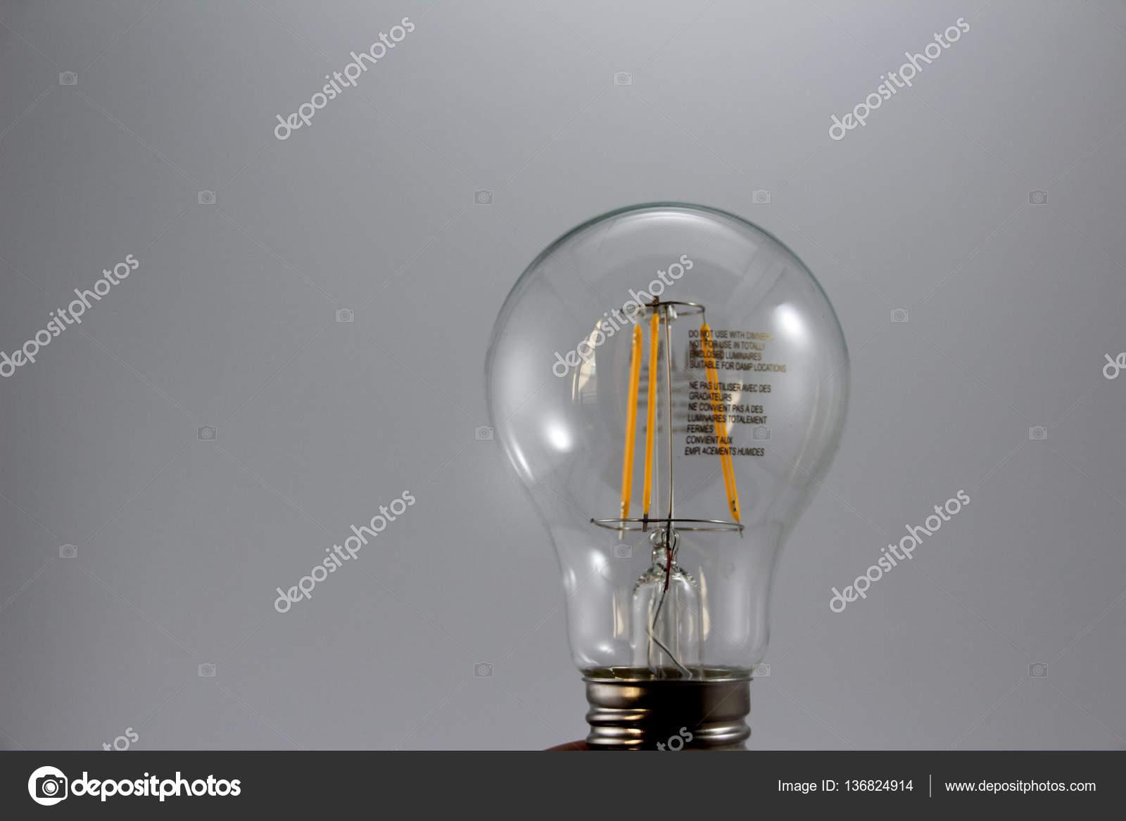 Kühlschrank Glühbirne Led : Led glühbirne licht u stockfoto bernardojbp