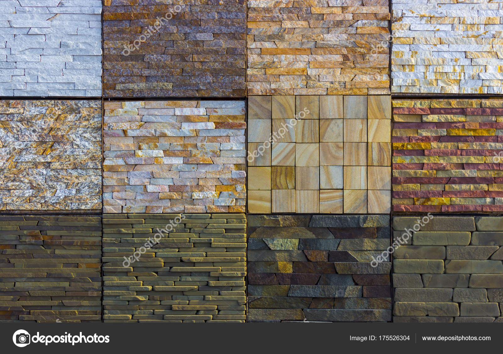 Varie piastrelle decorative e campioni di pietra naturali u foto