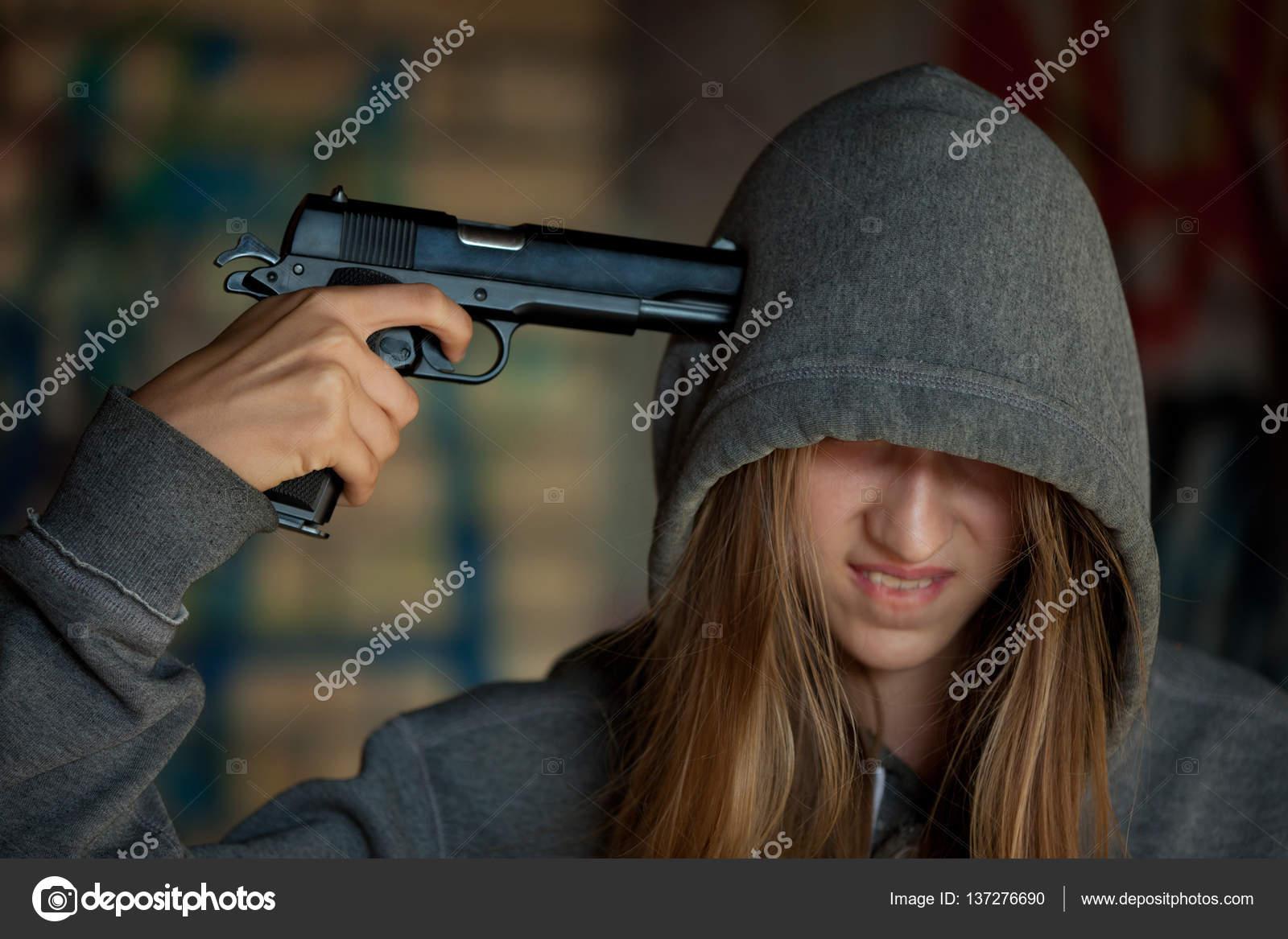 Teen Gun 43