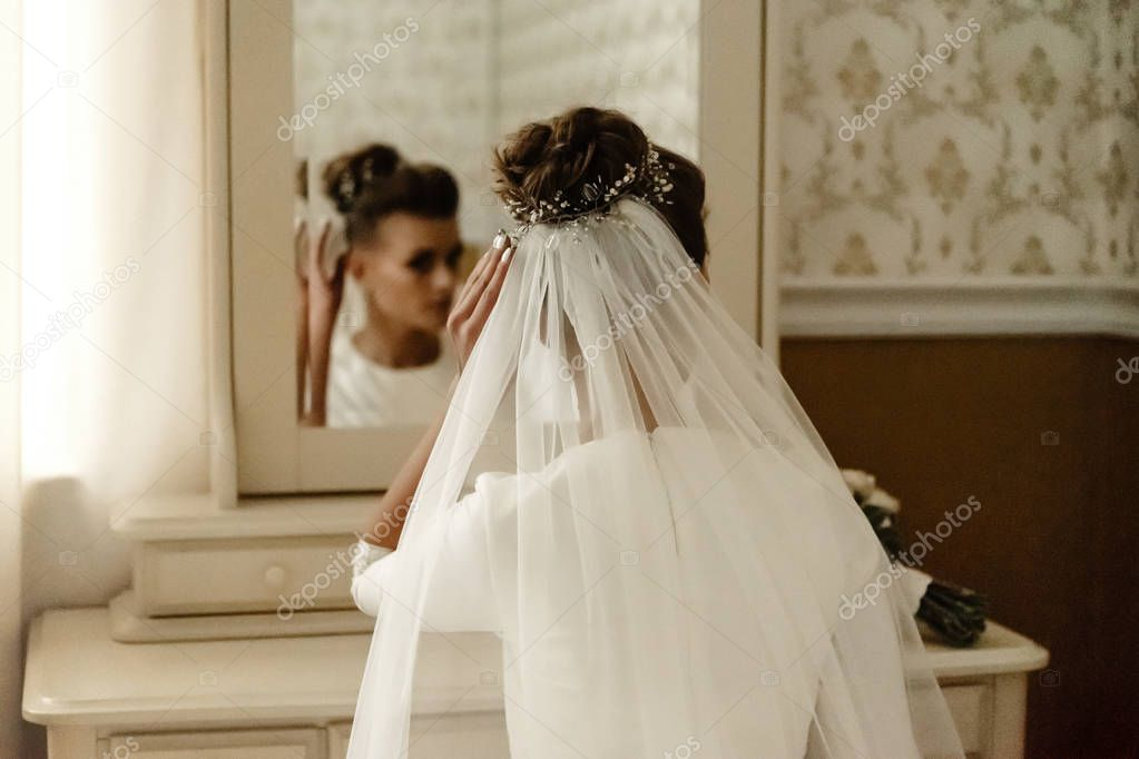 gorgeous elegant bride