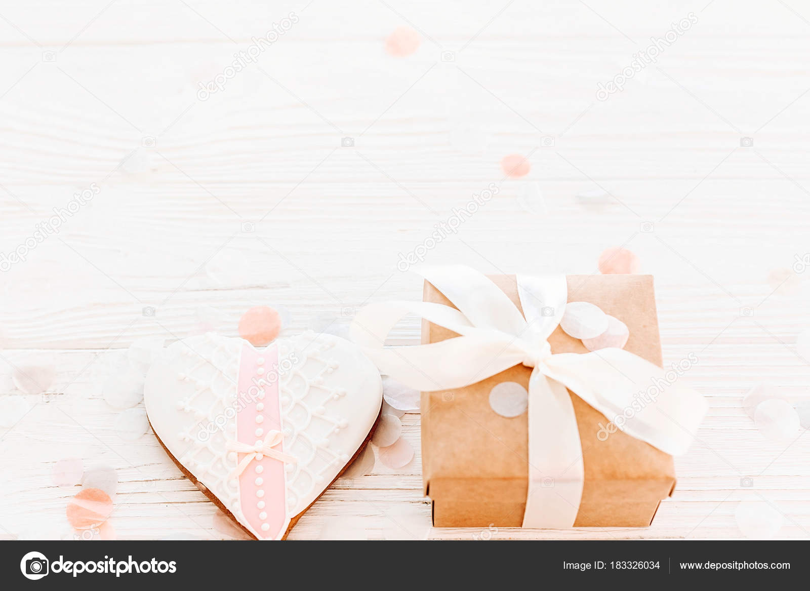 Happy Valentine Day Greeting Card Cookie Hearts Craft Gift Box