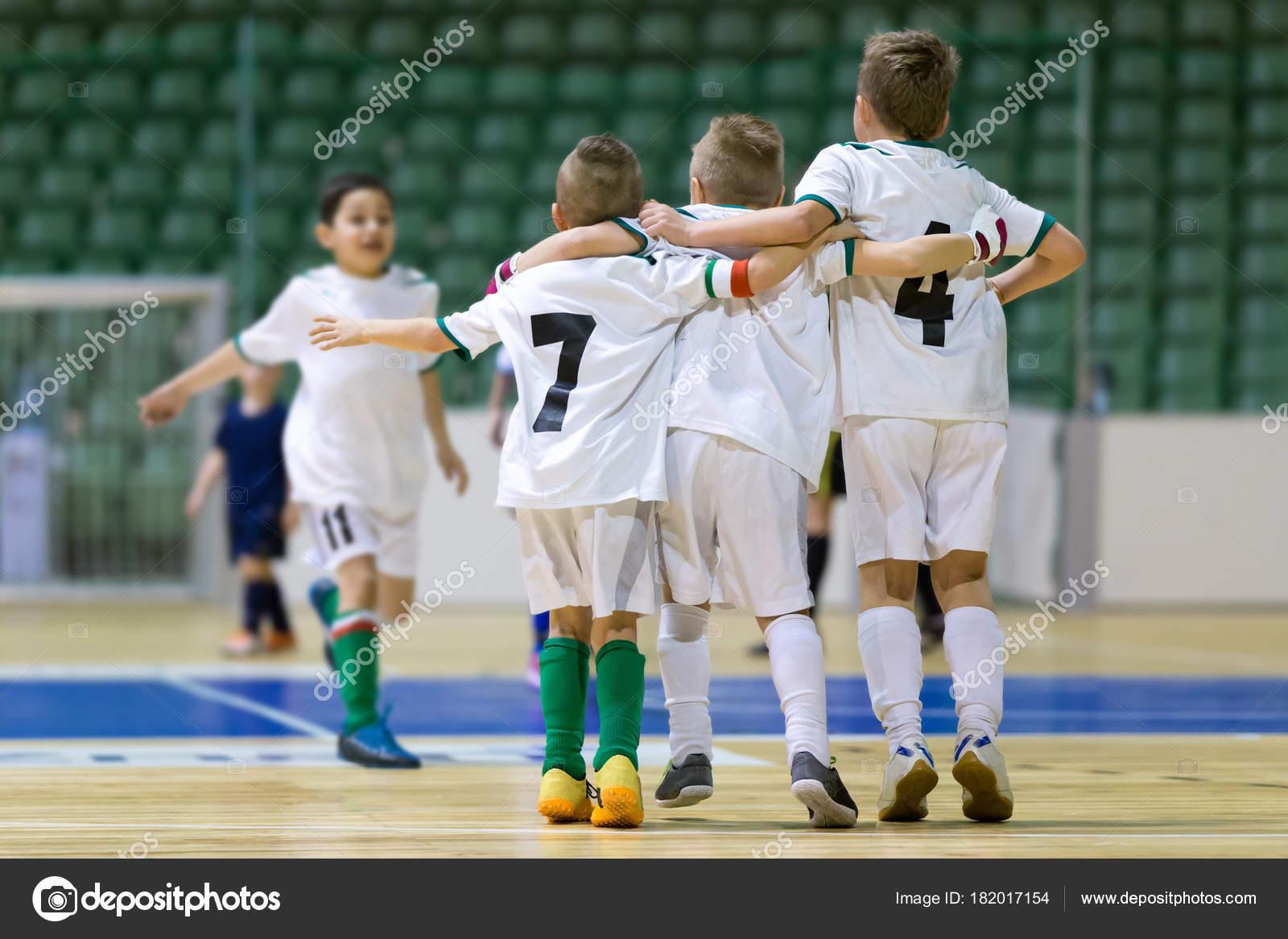 Futbol günü: Oyunun tarihi ve kutlama tarihi