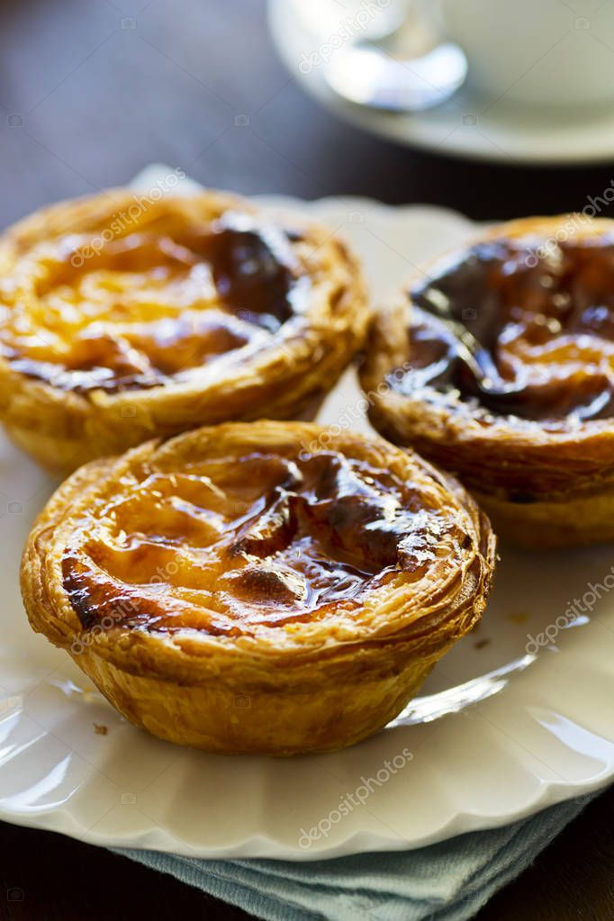 Pasteis De Nata Oder Portugiesische Pudding Kuchen Stockfoto