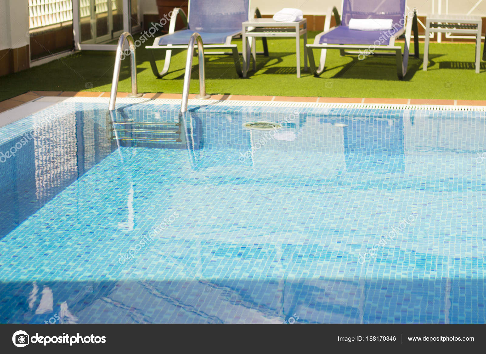 Hotel pool with people  Part of a hotel pool without people — Stock Photo © GemaIbarra ...