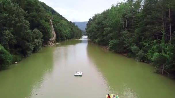 Most Schastliviy, řeka Psekups, Goryachy Kluch