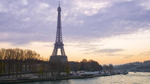 Paříž, výletní lodě na řece Seině, 4k videa Uhd (3840 x 2160)