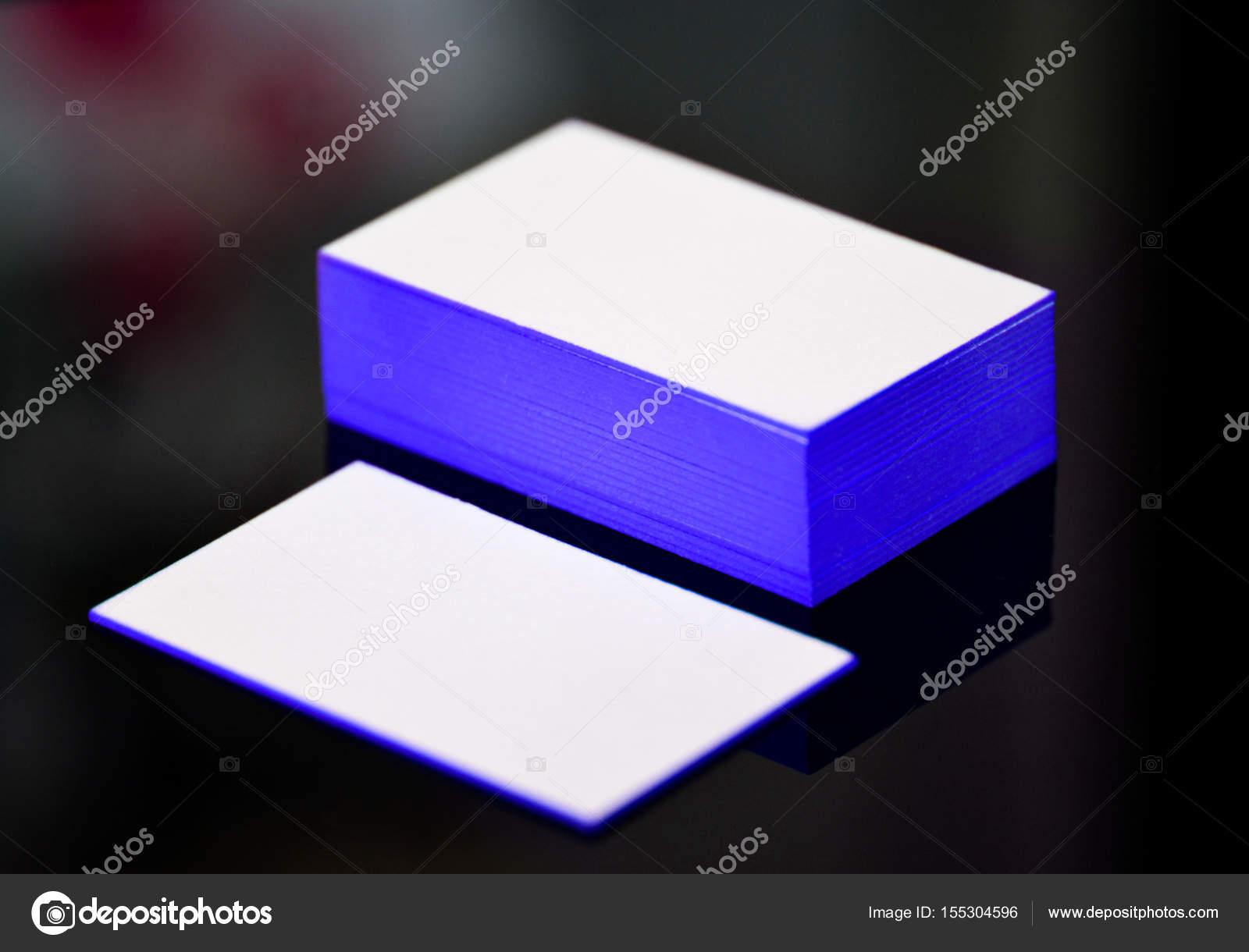 Carte De Visite Papier Pais Coton Blanc Mock Up Avec Le Fil Bleu Sur Les Bords Image Trimailova
