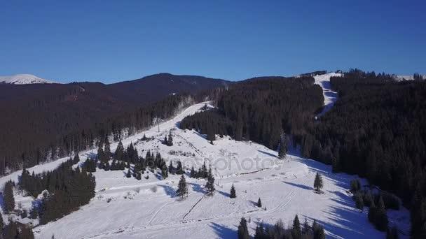 Letecký pohled na skii Resort