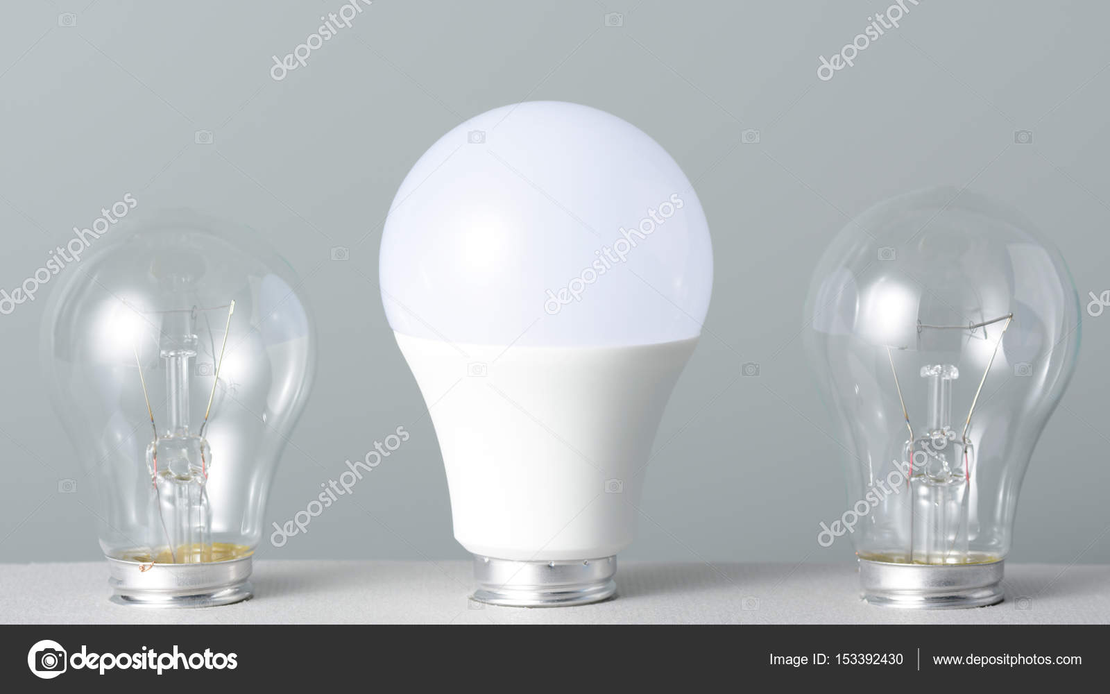 Lampe Led Et Ampoules A Incandescence Photographie Ramif C 153392430