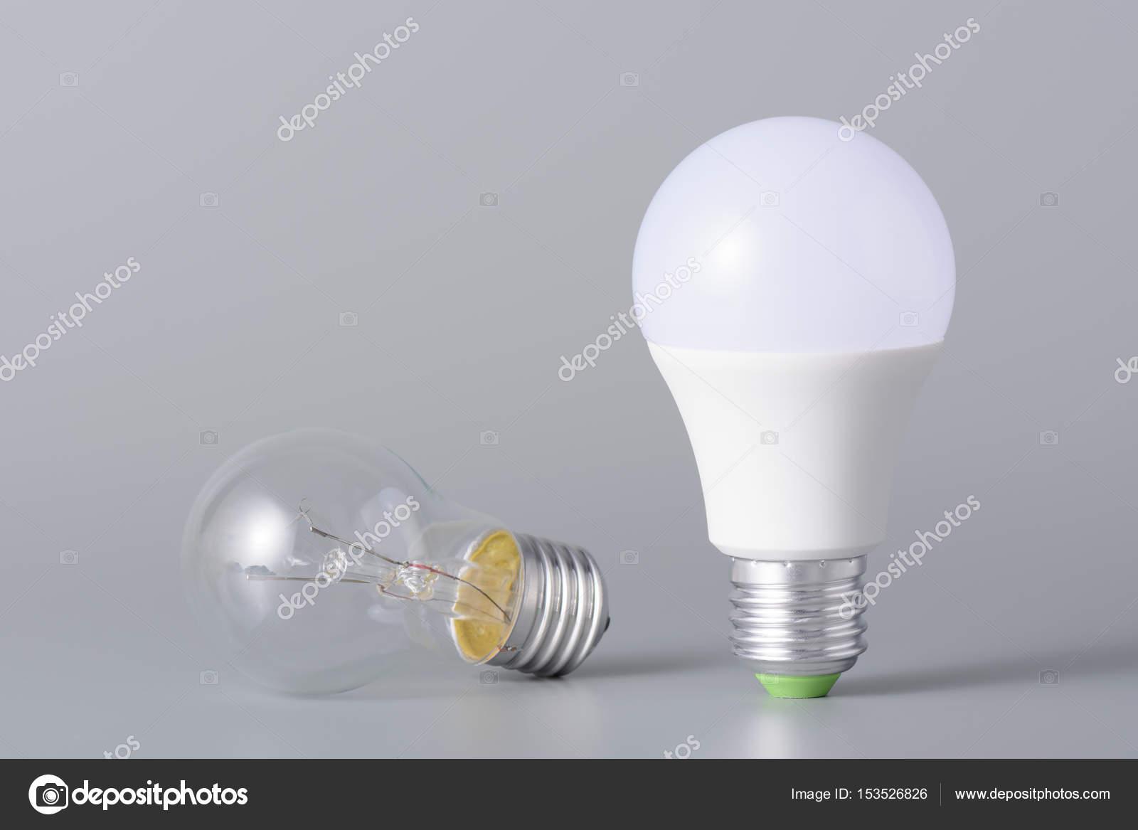 Lampada led e incandescenza u2014 foto stock © ramif #153526826