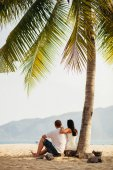Photo honeymoon wedding couple travel