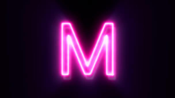 Růžové neonové písmo M velké písmo, symbol animované abecedy na černém pozadí.