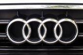 Kuala Lumpur, Malajsie - 12. srpna 2017: Audi je německý automobilový výrobce, která navrhuje, inženýři, vyrábí, prodává a distribuuje luxusní vozidla. Audi je členem skupiny Volkswagen Group