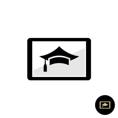Tutorial, webinar, learning course online on a tablet pc. Intern