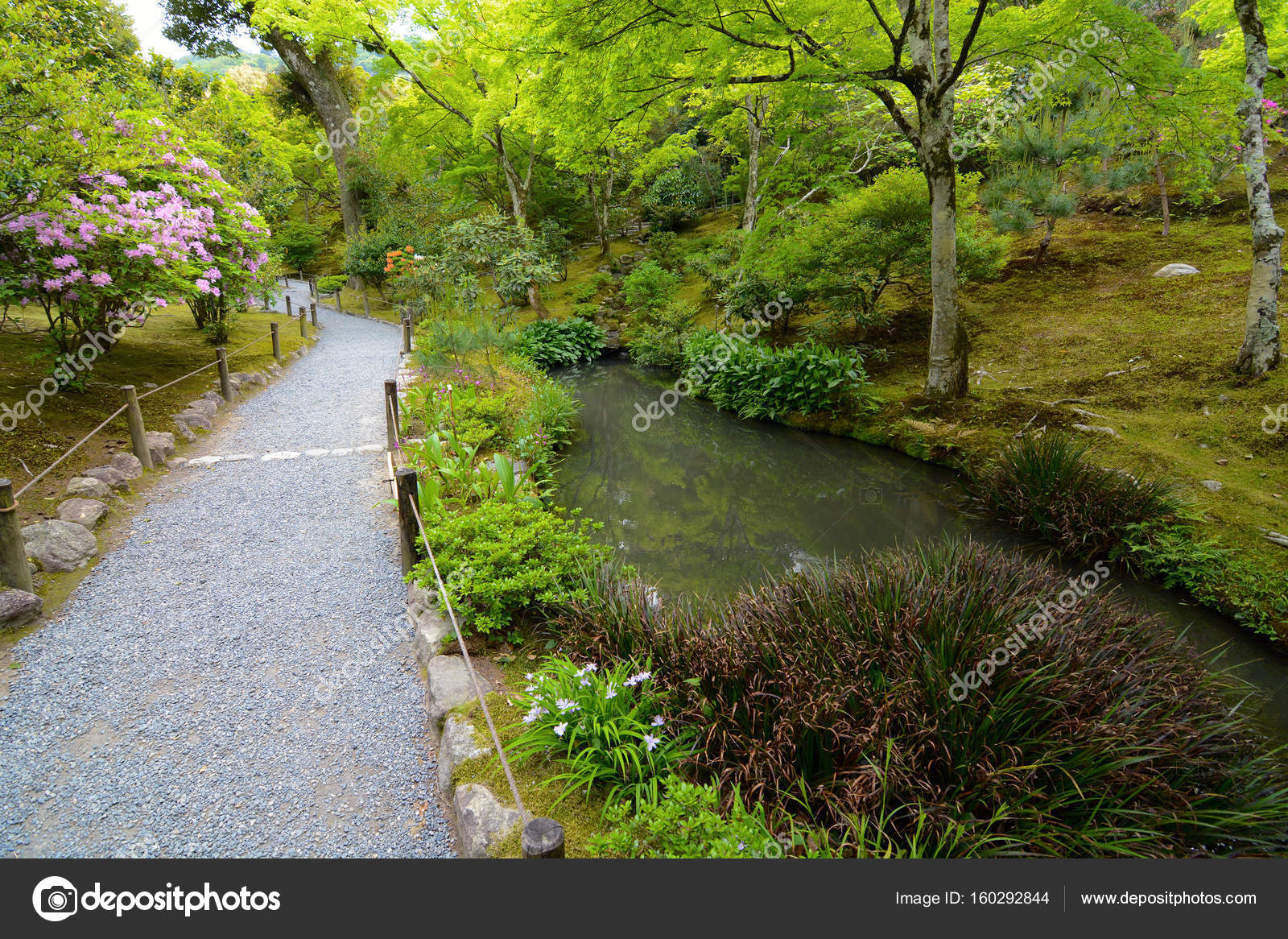 A Walking Path Winds Through A Carefully Manicured Japanese Garden In  Spring At Tenryu Ji Temple. U2014 Photo By Kagenmi