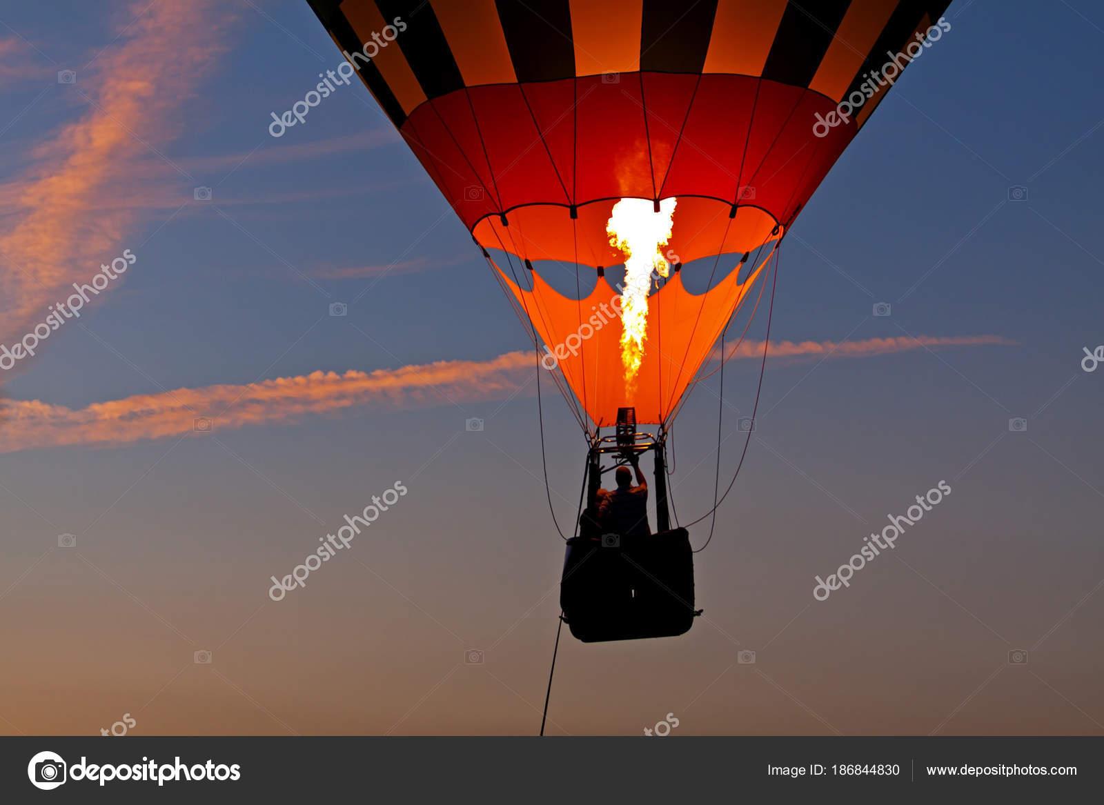 montgolfiere feu