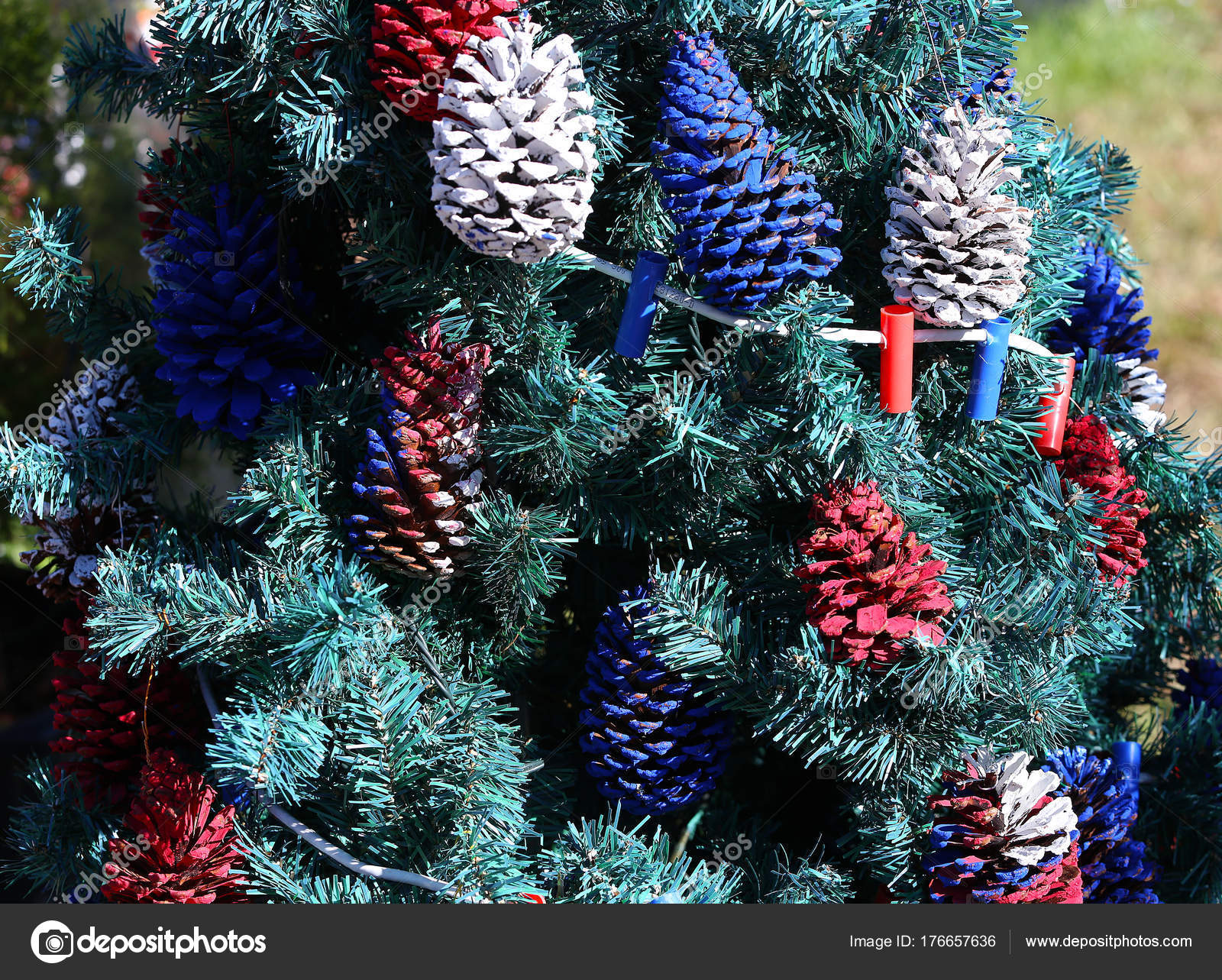 Patriotic Christmas Tree.Patriotic Christmas Tree In Fort Myers Florida Usa Stock