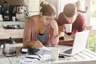 Couple facing financial problem