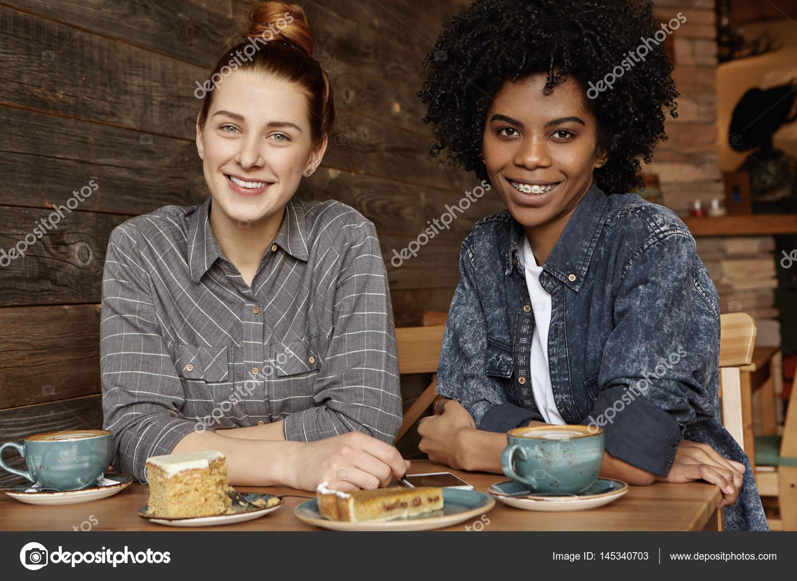 partage femme Interracial