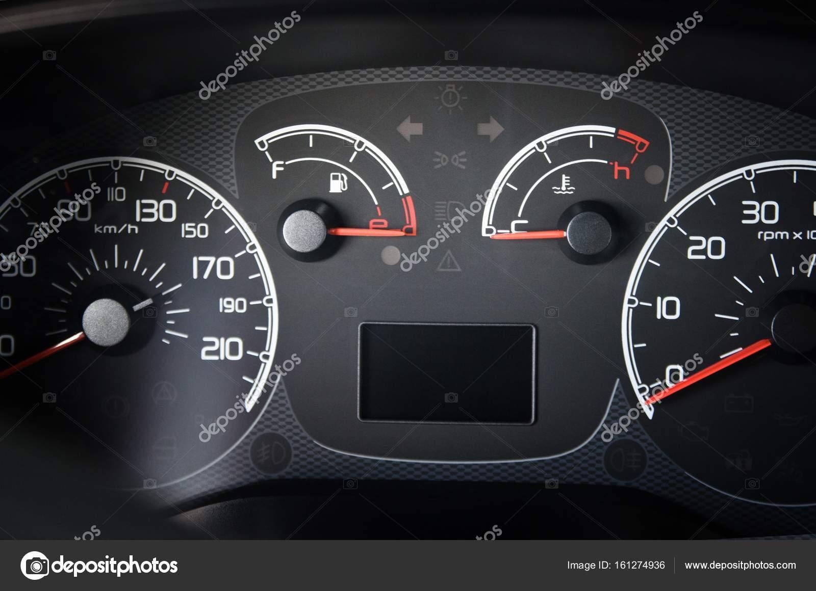 Armaturenbrett auto  moderne Auto Armaturenbrett — Stockfoto © billiondigital #161274936
