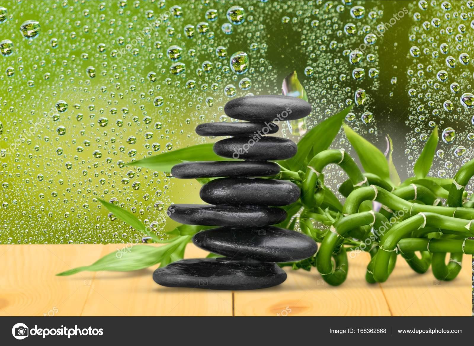Zen Steine Und Bambus Stockfoto C Billiondigital 168362868