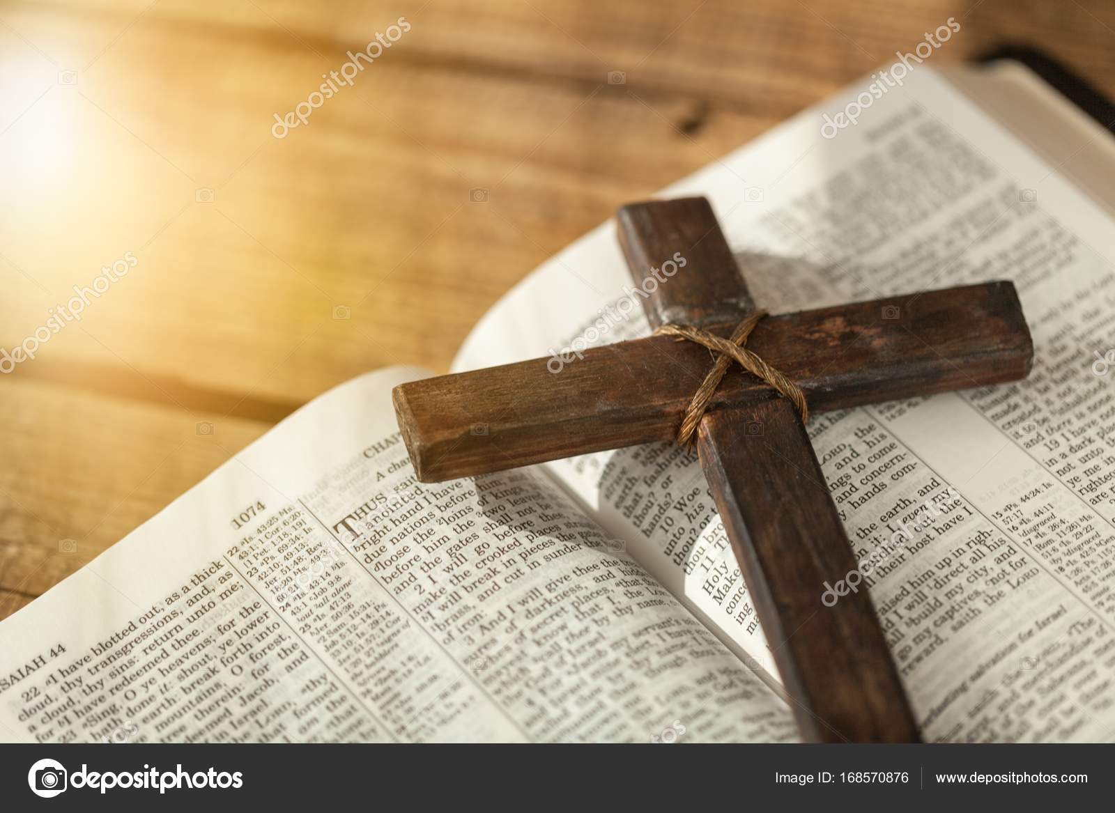 Holy Bible book and cross — Stock Photo © billiondigital