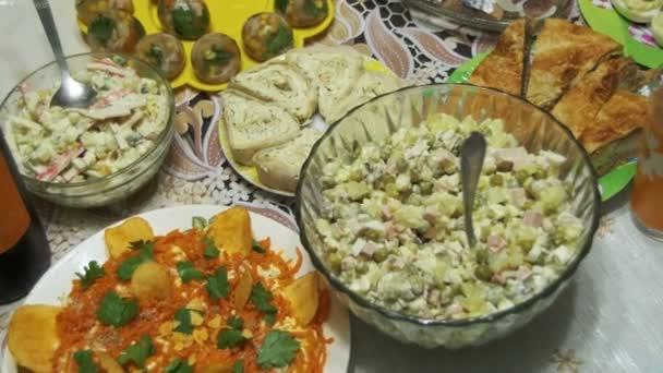Házi főzés élelmiszer az asztalra