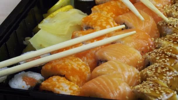 Japán Sushi tekercs pálcika forog