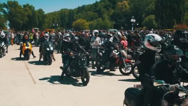 Ride motocykly na Festival