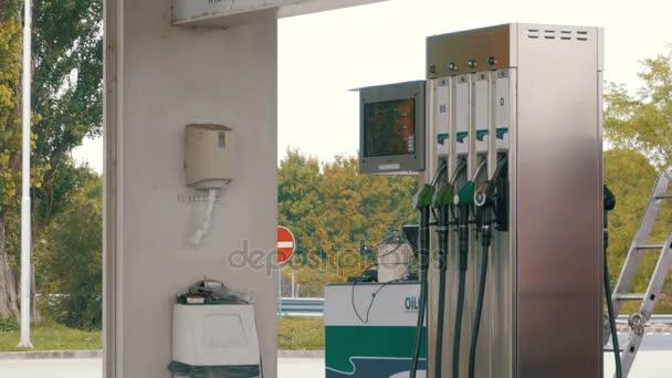 Starý benzín nebo čerpací stanice plynu palivové čerpadlo tryska. Čerpací stanice. Čerpací stanice