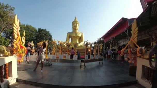 Chrám velkého zlatého Buddhy, Pattaya. Thajsko